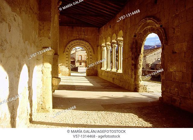 Portico of the Romanesque church. Sotosalbos, Segovia province, Castilla León, Spain