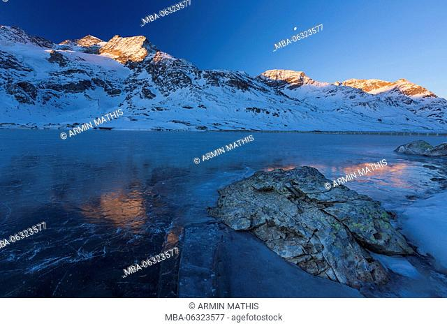 Sunrise at the Lago Bianco at the Berninapass, Canton of Grisons