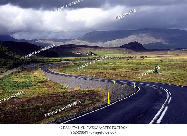 Road number 360 from Nesjavellir to Thingvellir, South-western Iceland