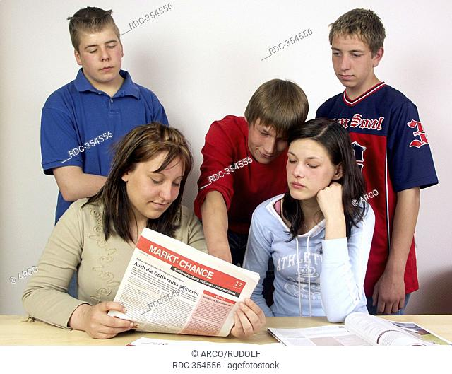 Teenage unemployees, leaflet, information brochure, employment agency, job center, agency for employment, trainee position, apprenticeship, employment market