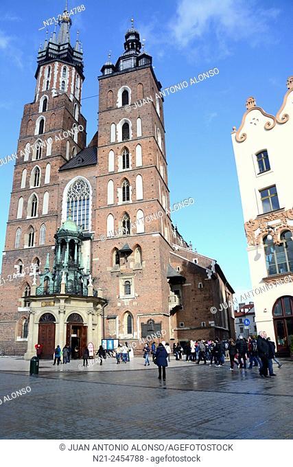Saint Mary's Church in the Rynek Glowny -Main Square-. Krakov, Poland, Europe