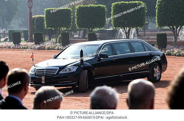 24 March 2018, Germany, New Delhi: The Indian President Ram Nath Kovind and his wife Savita Kovind arrive in an armoured Mercedes Benz Pullmann at the official...