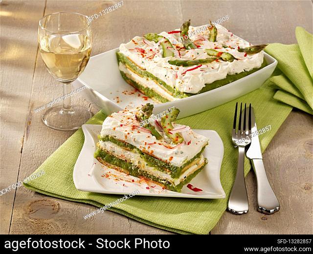 Green asparagus tiramisu with mascarpone cream