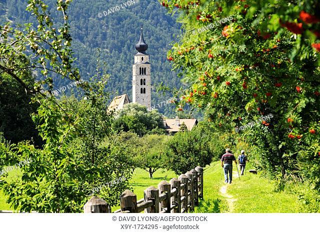 Riverside path to church of San Pancrazio beside the Mediaeval walled town of Stadt Glurns, Glorenza  Val Venosta, Italian Alps