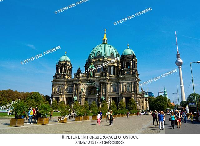 View towards Alexanderplatz, Karl-Liebknecht-Strasse, with cathedral and Fernsehturm, Mitte district, central Berlin, Germany