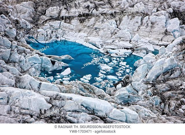 Icebergs in Jokulsarlon glacial lagoon, Breidamerkurjokull , Vatnajokull Ice Cap, Iceland  Images showing a glacial surge  A surge-type glacier has a dramatic...
