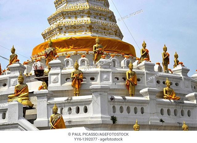 wat songtham woravihar or Wat Songtham Worawihan, old temple of the mon-buddhism sect, Phrapradeang district, Samut prakarn province , thailand
