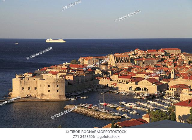 Croatia, Dubrovnik, skyline, general view, panorama
