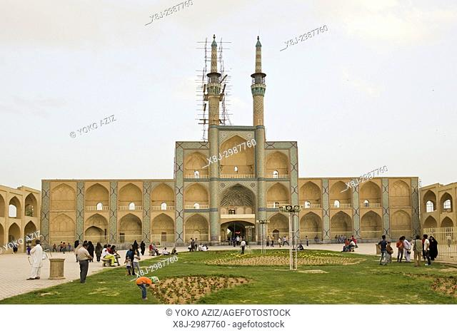 Iran, Yazd, Amir Chakhmaq square