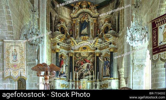 Chancel, choir, church Église de la Trinité de Brélévenez, Lannion (Breton Lannuon), Côtes-d'Armor, Brittany, France, Europe