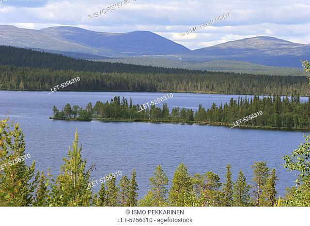 Särkijärvi lake and Pallastunturi mountain in Lapland  Muonio, Finland