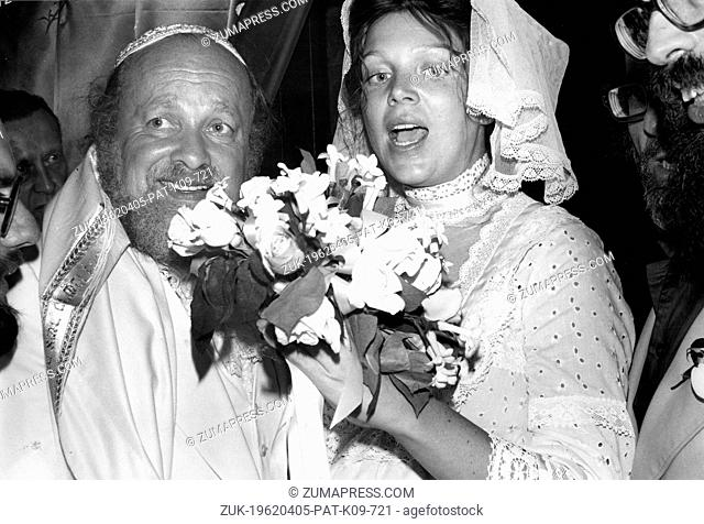 BERNARD CORNFELD Bernard 'Bernie' Cornfeld (Istanbul, 17 August 1927 – London, 27 February 1995) was a prominent playboy