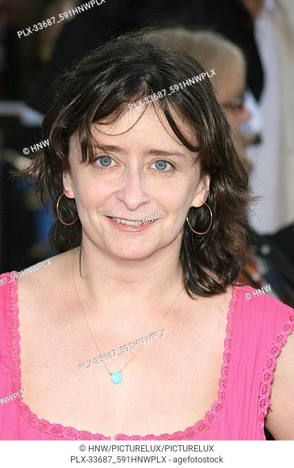 Rachel Dratch 06/21/06 SUPERMAN RETURNS @ Mann Village Theater, Westwood photo by Jun Matsuda/HNW / PictureLux (June 21, 2006)  File Reference # 33687-591HNWPLX