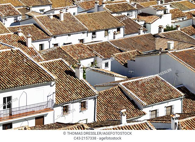 Above the roofs of the White Town of Grazalema in the Sierra de Grazalema. Cádiz province, Andalusia, Spain