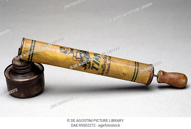 Flit manual spray pump for insecticides, toy, circa 1930, 20th century.  Milan, Museo Del Giocattolo E Del Bambino (Toys Museum)