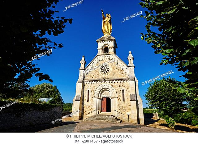 France, Indre (36), Argenton-sur-Creuse, La Bonne Dame chapel, staue of the Virgin