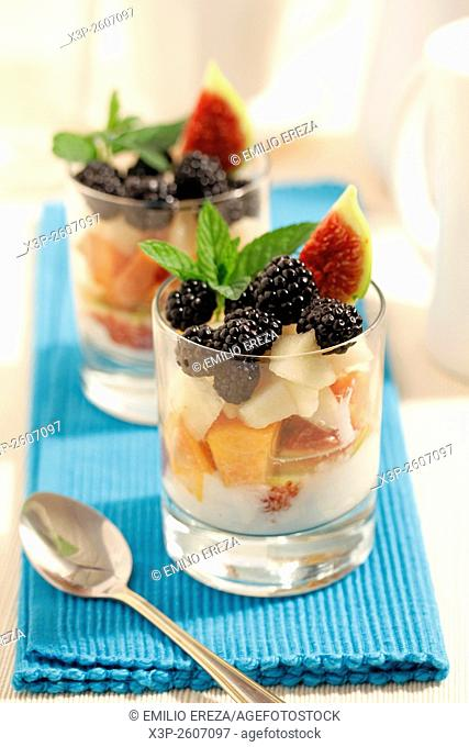 Light fruit salad with yogurt