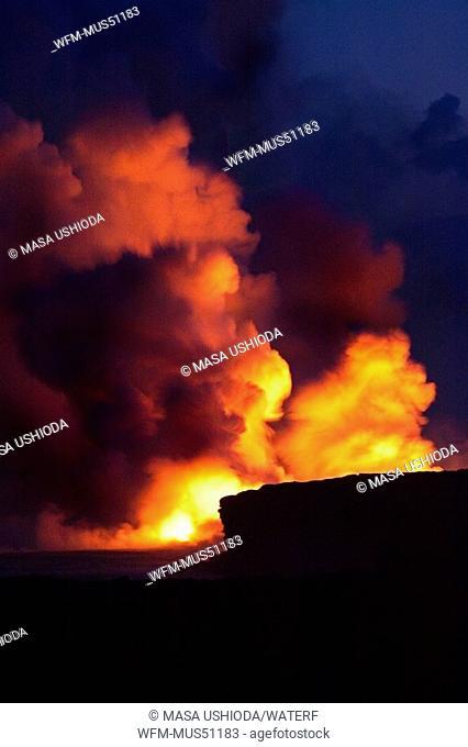Molten Lava floats into Ocean, Puna, Big Island, Hawaii, USA