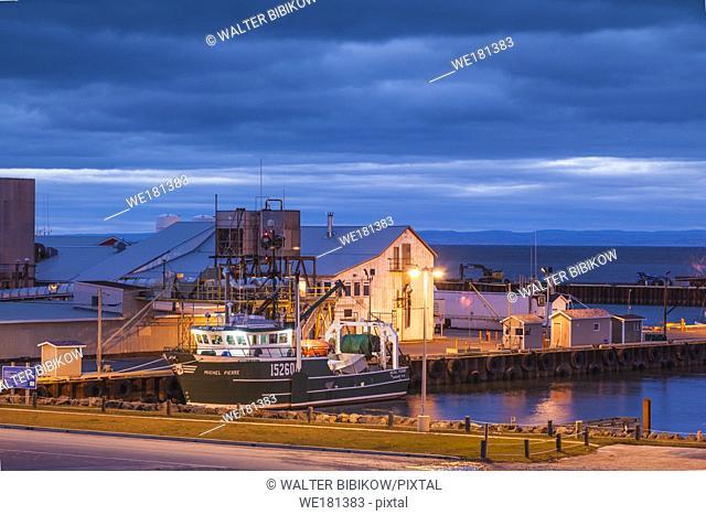Canada, New Brunswick, Northeastern New Bruswick, Caraquet, boats in the fishing port, dusk