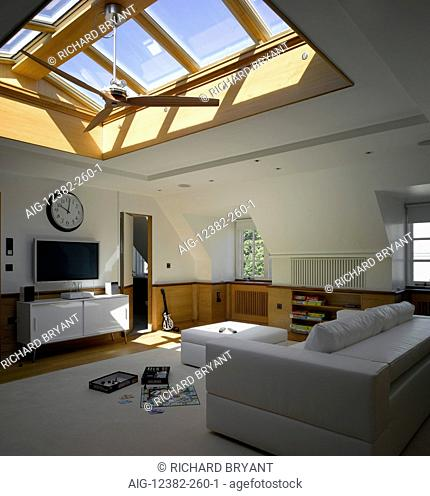 House in Chelsea, London. Den with rooflights