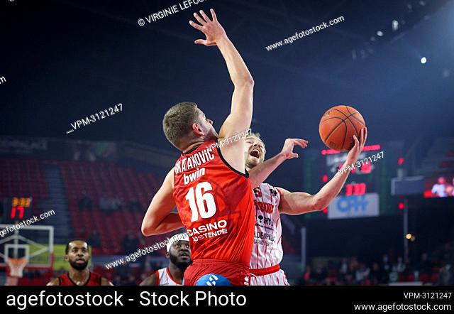 Oostende's Haris Bratanovic fights for the ball during the basketball match between Spirou Charleroi and BC Oostende, Friday 22 October 2021 in Charleroi