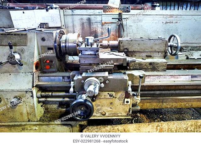 frame of old metal lathe machine