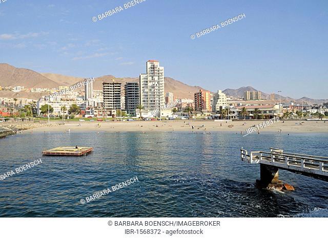 Beach, coast, high-rise buildings, Antofagasta, Norte Grande, northern Chile, South America