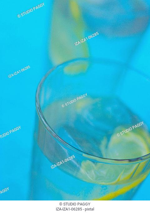 Close-up of lemon slices in a glass of water