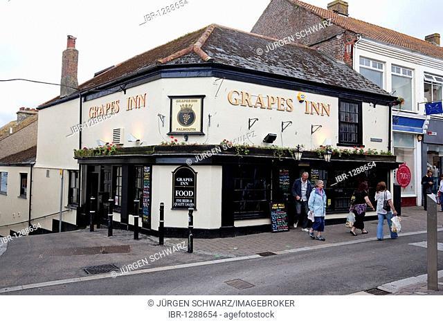 Pub Grapes Inn, Falmouth, Cornwall, England, United Kingdom, Europe