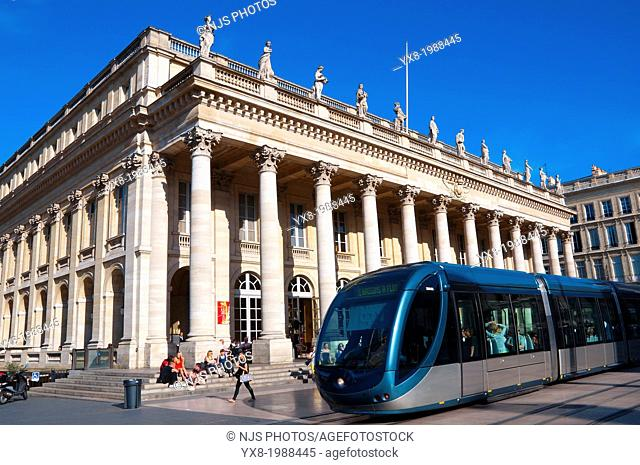 Le Grand Theatre, Place de la Comedie, Bordeaux, UNESCO World Heritage Site, Bordeaux, Gironde, Aquitaine, France, Europe
