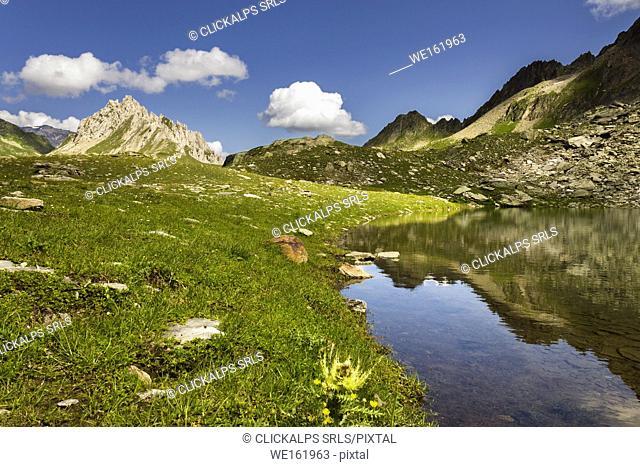 Lake Pecian and Colombe piz, passo delle Colombe, Lucomagno, Blenio district, Canton of Ticino, Switzerland, Europe