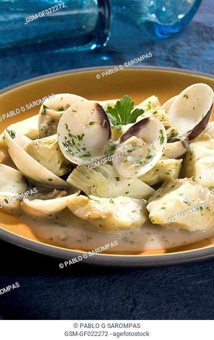 Clams with artichokes