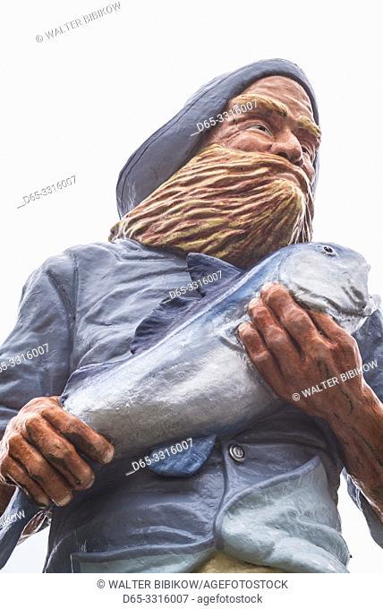 USA, Maine, Eastport, Eastport fisherman statue