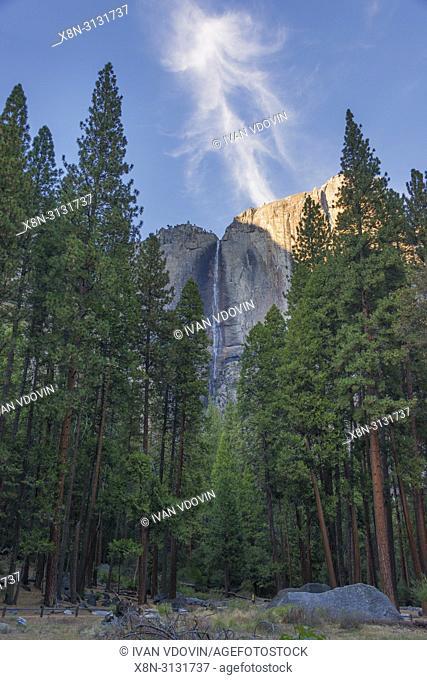 Yosemite Tunnel, Yosemite National Park, California, USA