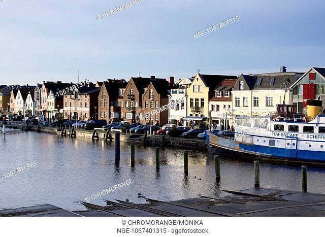 Inner harbour of Husum, North Sea, district Nordfriesland, Schleswig-Holstein, Germany, Europe