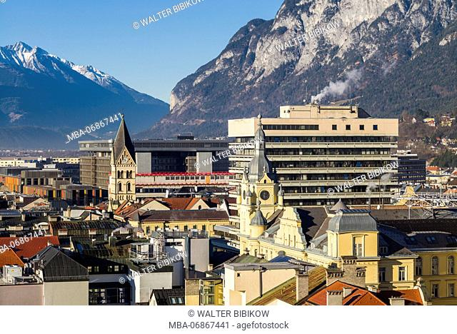 Austria, Tyrol, Innsbruck, elevated city view from the south
