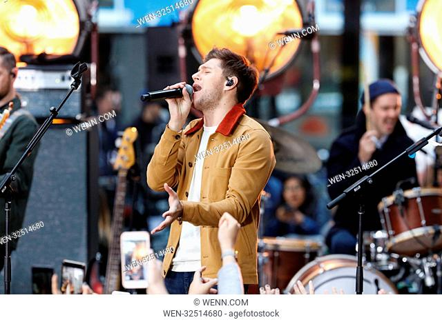 Niall Horan performs on the 'Today' show Featuring: Niall Horan Where: New York City, New York, United States When: 26 Oct 2017 Credit: WENN.com