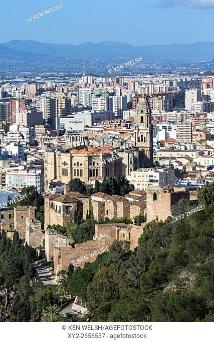 Malaga, Costa del Sol, Malaga Province, Andalusia, southern Spain. Classic view from the Parador Nacional down over the city to the cathedral and walls of the...