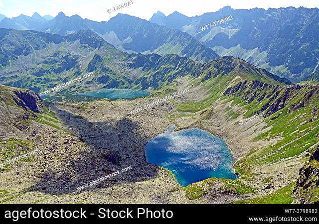 two lakes, Slovak tatras, mountains peak, sunny day, Szpiglasowa Pass