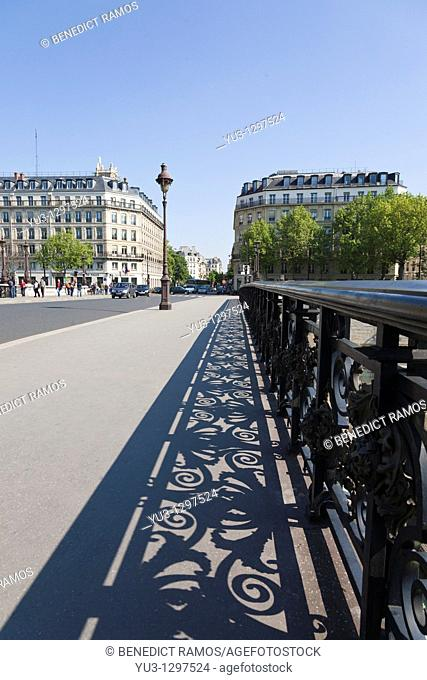 Pont Notre-Dame, Paris, France