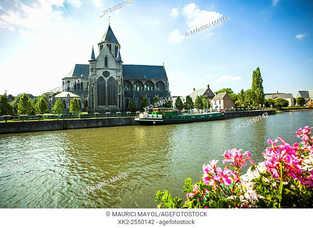 Church next to the river Schelde, Oudenaarde