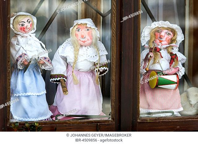 Aussee Carnival, little dolls in the window Trommelweiber, Bad Aussee, Styria, Austria