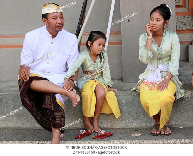 Indonesia, Bali, Mas, temple festival, family, odalan, Kuningan holiday