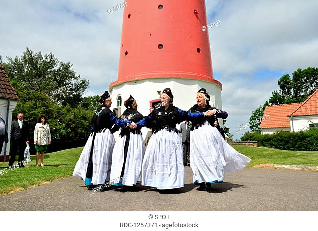 Tracht, Trachtentanzgruppe, Nordseeinsel, Pellworm, Leuchtturm, Trauung, Schleswig-Holstein, Deutschland