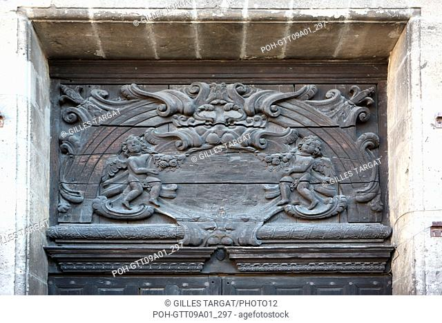 tourism, France, upper normandy, eure, bernay, portal of the abbey-church, pattern, carved wood, fanlight Photo Gilles Targat