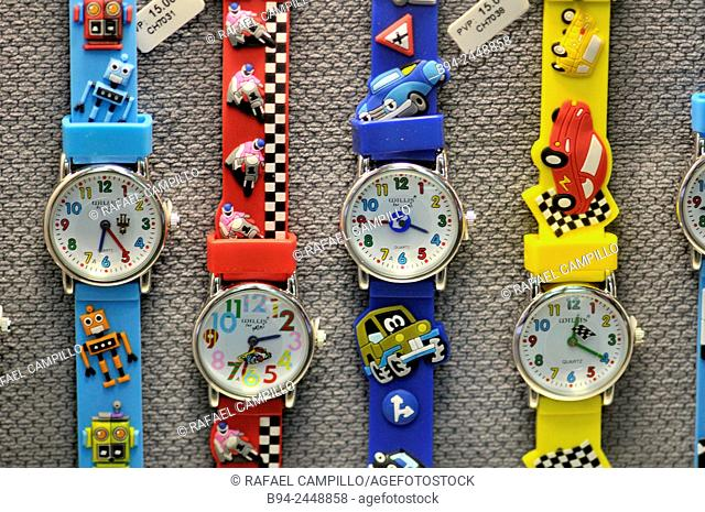 Plastic watches for childrens in different colors, for sale
