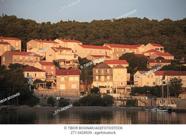 Croatia, Korcula, Old Town, skyline, general view, harbor