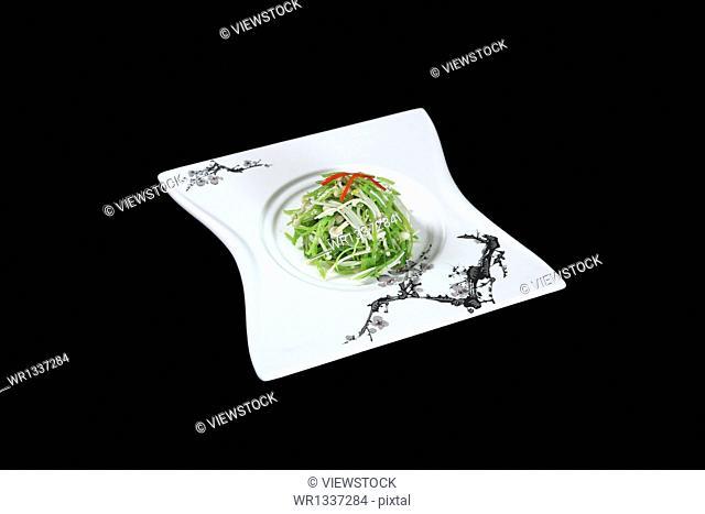 China peas mixed mushroom dish