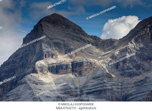 Europe, Italy, Alps, Dolomites, Mountains, View from Lagazuoi. Tofana de Rozes