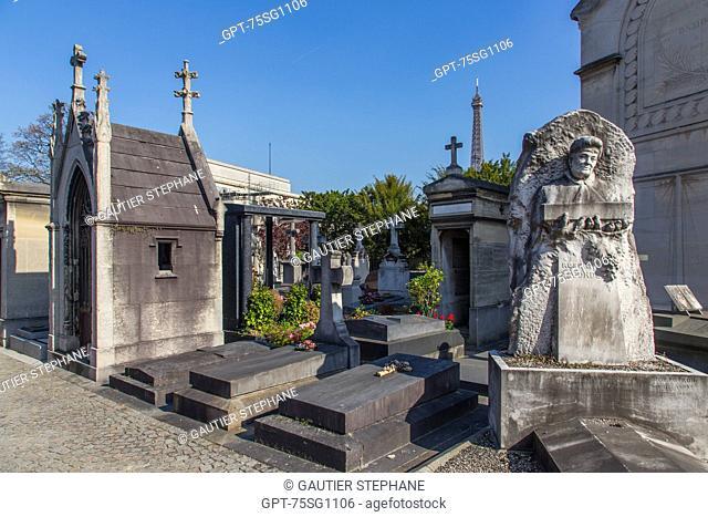 PASSY CEMETERY, 16TH ARRONDISSEMENT, PARIS (75), ILE-DE-FRANCE, FRANCE